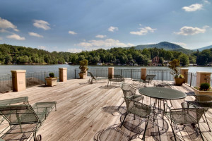 Rental deck at Lake Country Vacation Rentals.