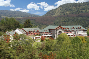 Exterior view of Hotel Termas Puyehue.