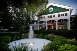 Exterior view of Stoweflake Mountain Resort & Spa.