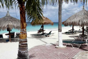 Beach at Aruba Beach Club.