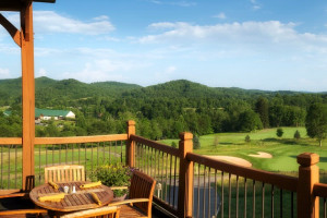 Deck dining at Stonewall Resort.
