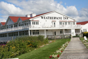 Exterior view of Weathervane Inn.
