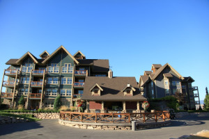 Exterior view of Predator Ridge Resort.