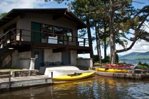 Exterior view of Sun Castle Resort Lakefront.