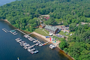 Aerial view of Quarterdeck Resort.