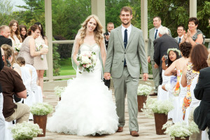 Weddings at Oakwood Resort.