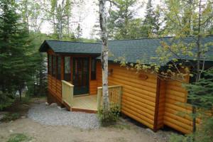 Cabin exterior at Fenske Lake Cabins.