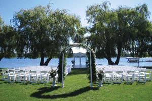 Outdoor wedding at Cragun's Resort.