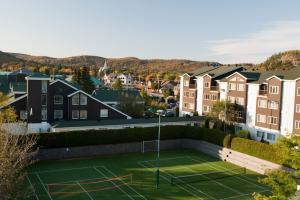Tennis court at Manoir Saint Sauveur.