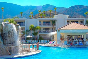 Outdoor pool at Palm Canyon Resort & Spa.
