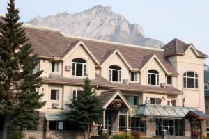 Exterior view of Irwin's Mountain Inn.