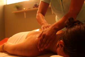 Back massage at Kah-Nee-Ta Resort and Spa.