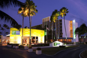 Exterior view of Holiday Inn SunSpree Resort Aruba - Beach Resort & Casino.