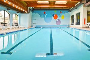 Lodge indoor pool at Penn Wells Hotel & Lodge.