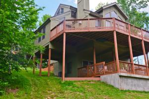 Cabin exterior at Black Bear Resort Rentals.