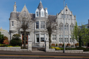 Exterior view of Atholl Hotel Aberdeen.
