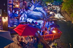 SKYY Vu Deck Bar at Ascend Hotel Collection-The Woodlands Inn.