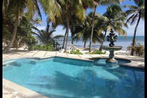 Outdoor pool at Casa Tortuga.