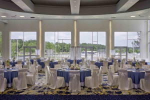 Wedding reception at La Torretta Lake Resort.
