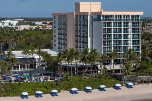 Exterior view of Jupiter Beach Resort.