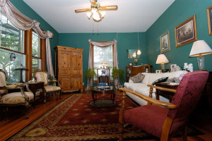 Living room at 1908 Ridgeway House Bed & Breakfast Inn.
