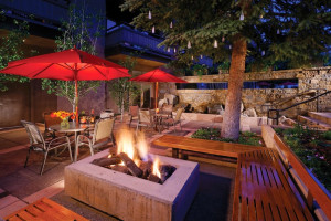 Fire pit at Aspen Square Condominium Hotel.