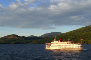 Lake cruises at The Georgian Lakeside Resort.