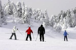 Skiing at Winter Clove Inn.