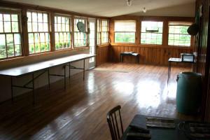 Indoor picnic shelter at Pinecrest Camp Lodge.