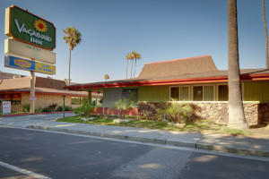 Exterior view of Vagabond Inn San Jose.