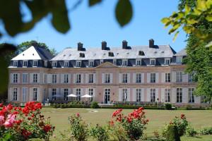 Exterior view of Château de Sassetot.
