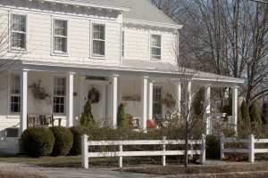 Exterior view of Morning Glory Bed & Breakfast.