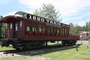 Rail car at The Lantern Inn.