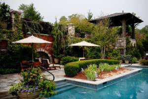 Outdoor Pool at the Old Edwards Inn and Spa