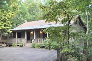 Rental exterior at Mountain Vista Rentals.