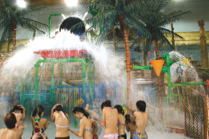 Indoor waterpark at EdgeWater Resort and Waterpark.