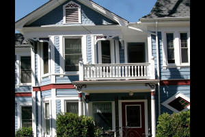 Exterior view of Shafsky House Bed & Breakfast.