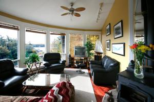 Living room view at Trinity House Inn.