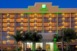Exterior View of Holiday Inn Main Gate East