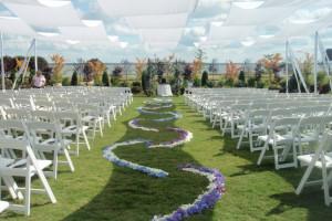 Wedding ceremony at Kingsmill Resort.