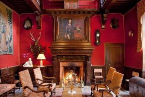Lounge at Château de Rigny.