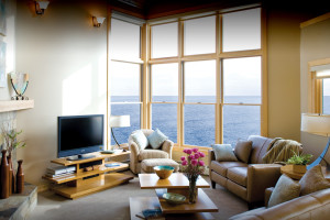 Vacation rental living room at Surfside on Lake Superior.