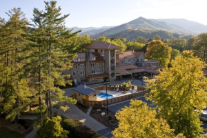 Welcome to The Waynesville Inn Golf Resort & Spa