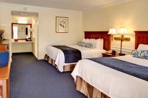 Guest Room at Best Western Sea Island Inn