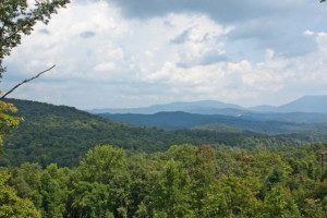 View at Blue Sky Cabin Rentals.
