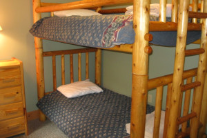 Bunk beds at Glen Craft Marina and Resort.