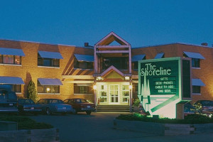 Exterior view of The Shoreline Inn.