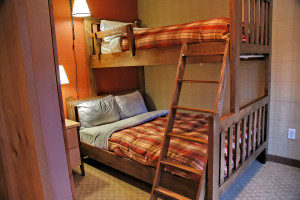 Condo bunk room at Inns of Banff.