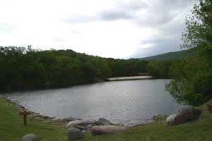 Lake view at Berkeley Springs Cottage Rentals.