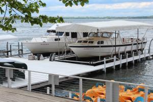 Enjoy boat cruises at Fillenwarth Beach Resort
